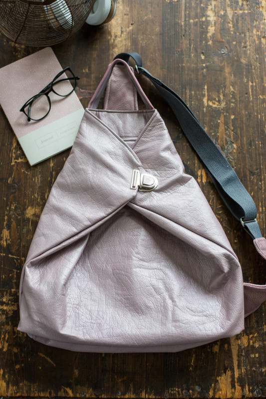 Crossbag 2 aus rosa metallic-Kunstleder
