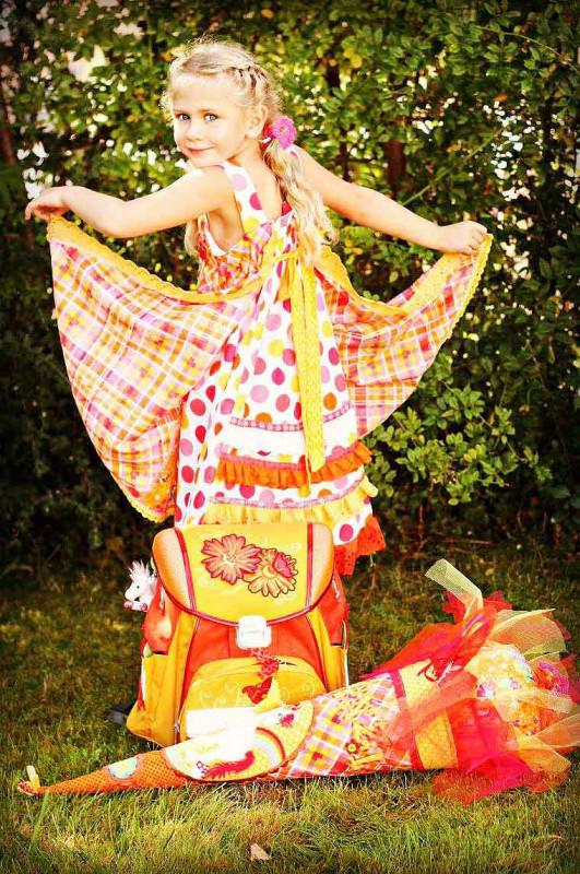 Einschulungskleid nähen - Schnittmuster für ein traumhaftes Festkleid