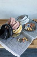 Edle Endlosreißverschlüsse, metallisiert mit Chevronmuster, Meterware mit passenden Zippern