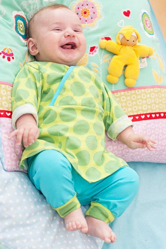 Schnittmuster Babykleid mit Wickelausschnitt - Zwergenverpackung 2 von farbenmix