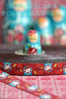 Webband mit Matroschka Rot von Luzia Pimpinella
